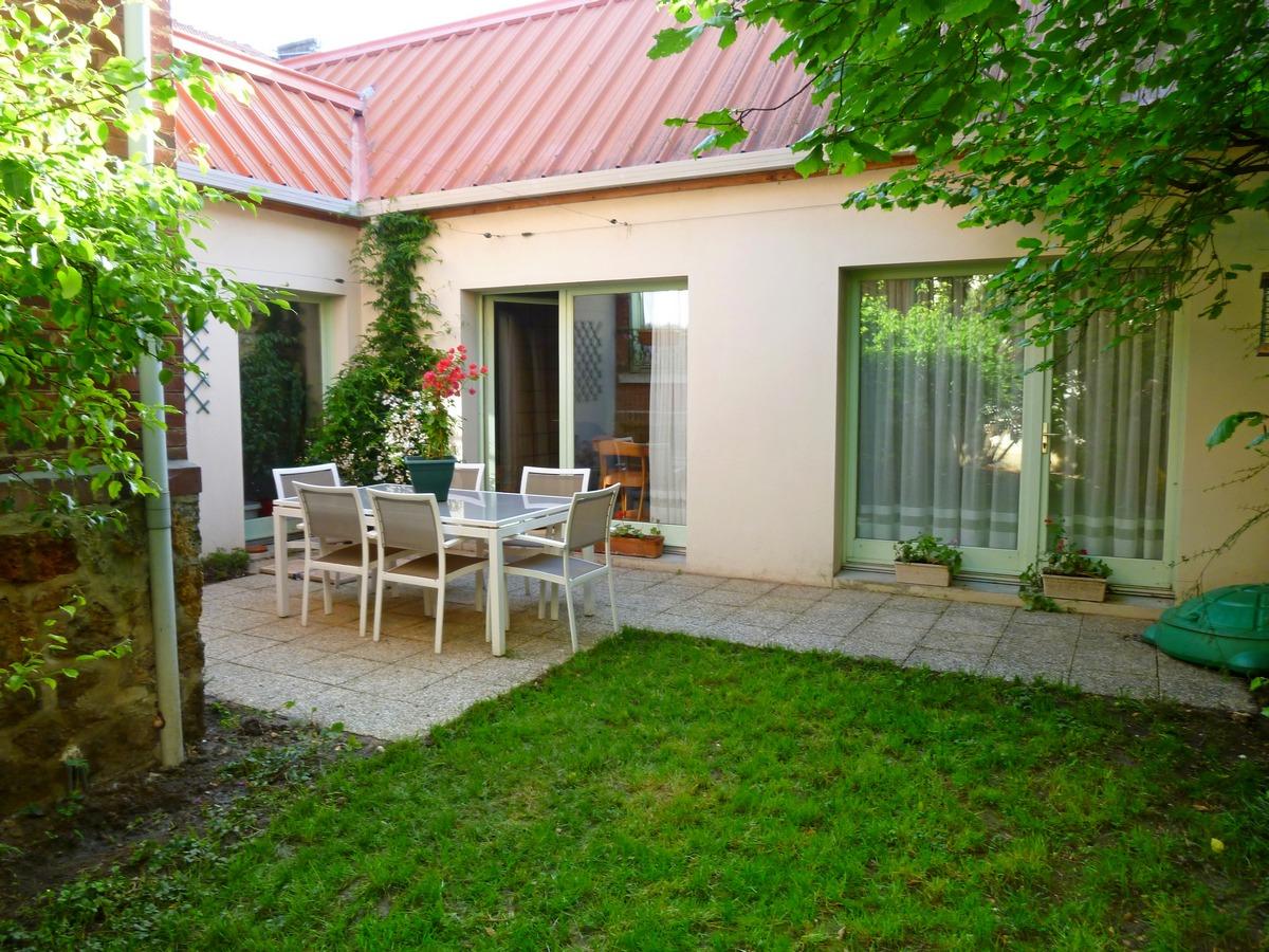 Maison avec jardin paris perfect chambre dans maison avec jardin proche de paris with maison - Location maison avec jardin quimper colombes ...
